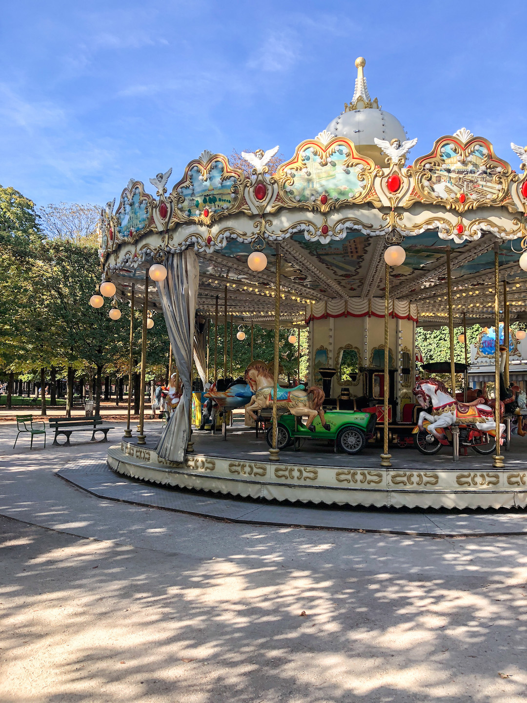 Her_Travel_Edit_Paris_Tuileries_Garden_Carousel
