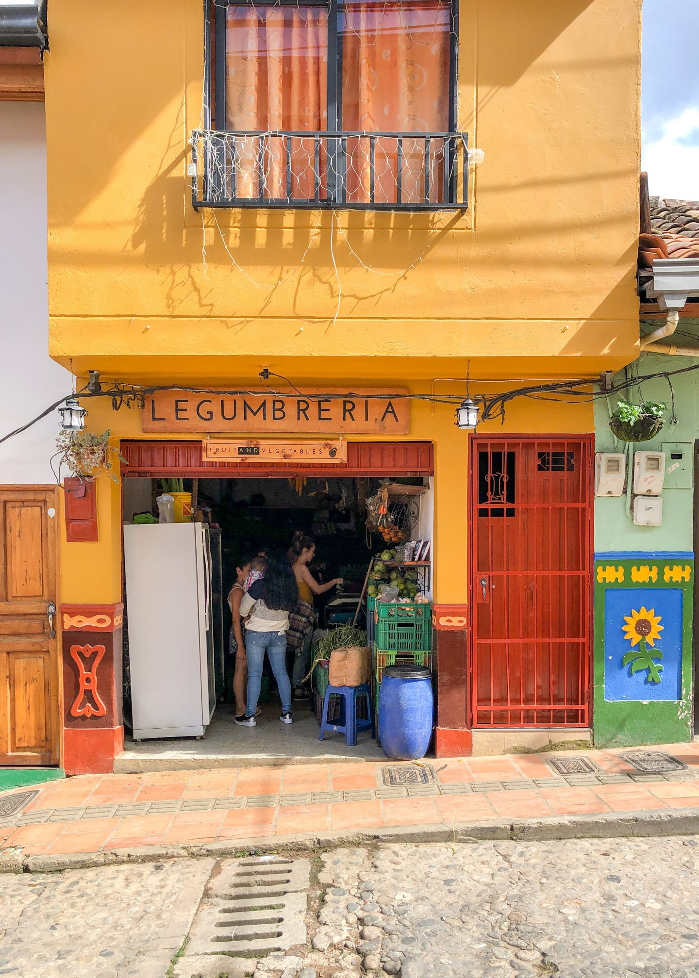 Her_Travel_Edit_Guatape_Grocery_Shop