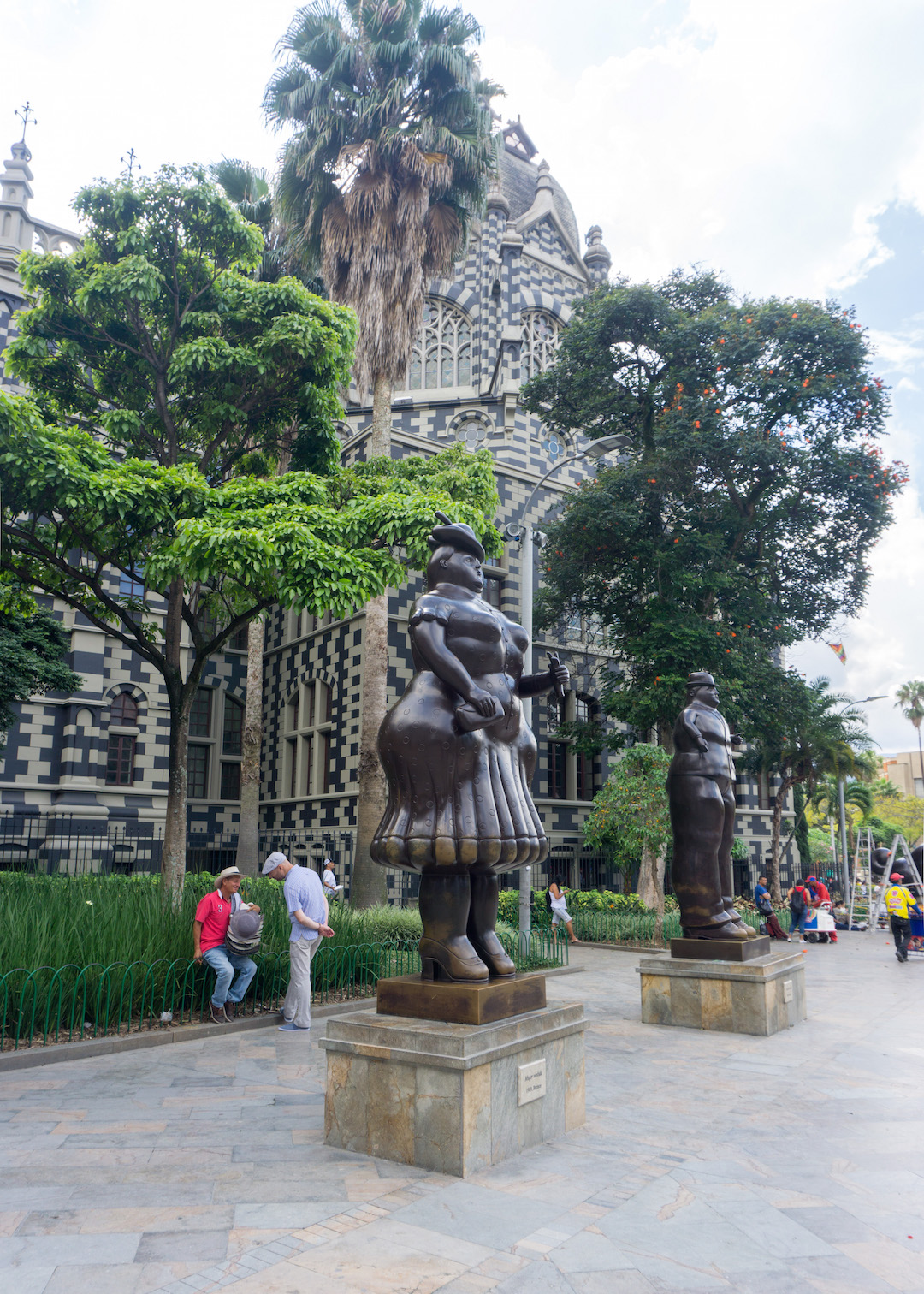 Her_Travel_Edit_Medellin_Plaza_Botero