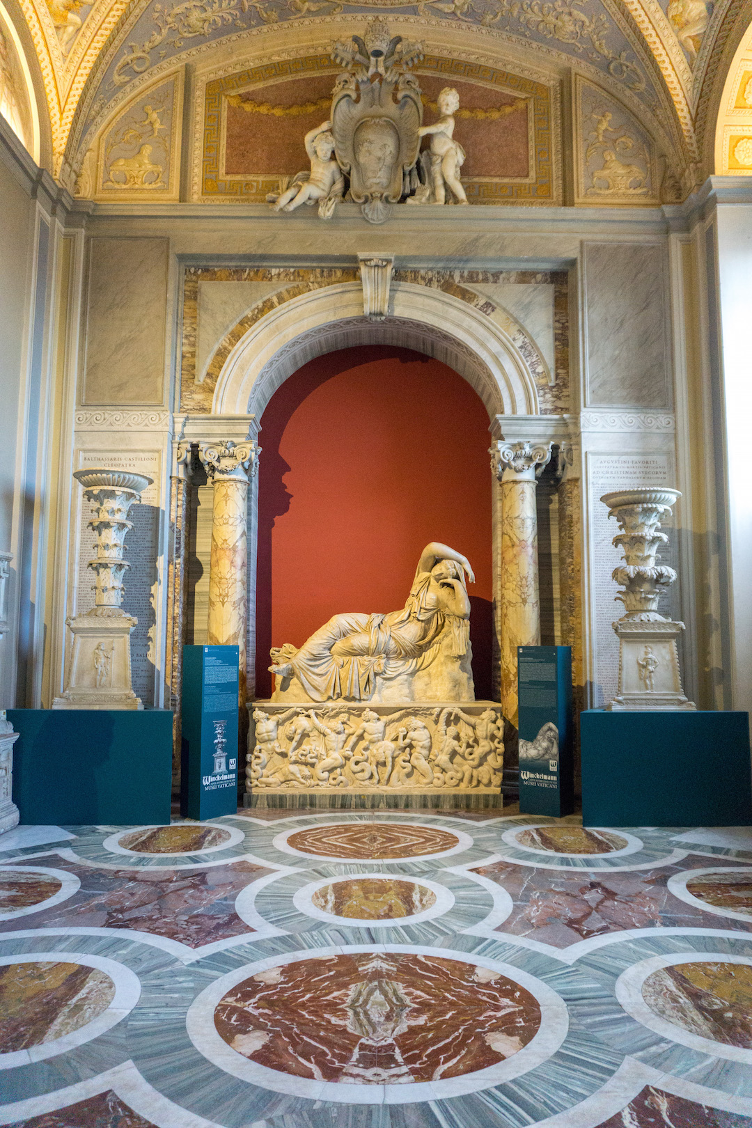 Her_Travel_Edit_Rome_Vatican_Museum