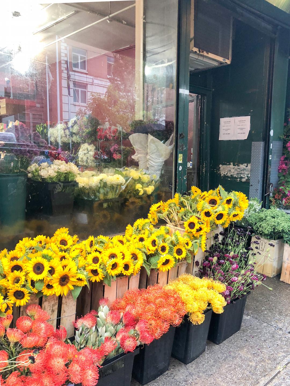 Her_Travel_Edit_Flower_Market_NYC