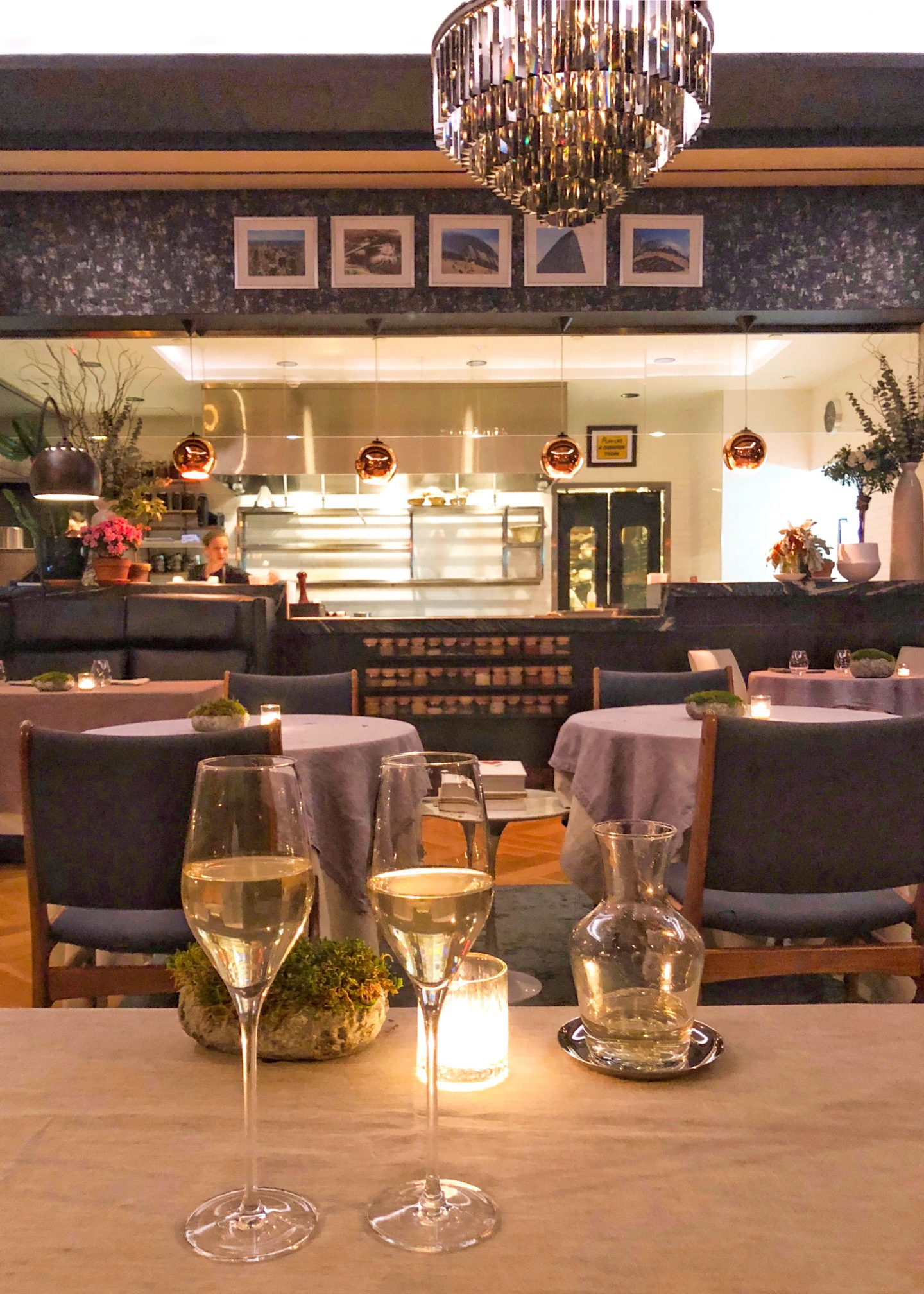 Her_Travel_Edit_L_Appart_Dining