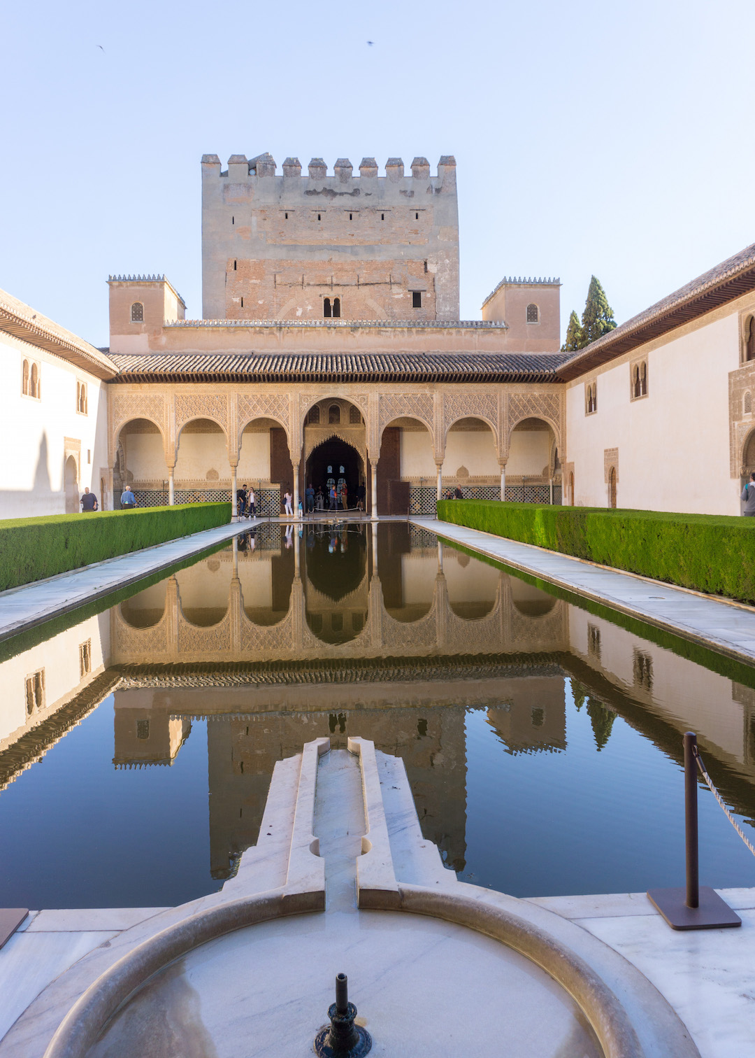 Her_Travel_Edit_Granada_Alhambra_Nasrid_Palace_Courtyard