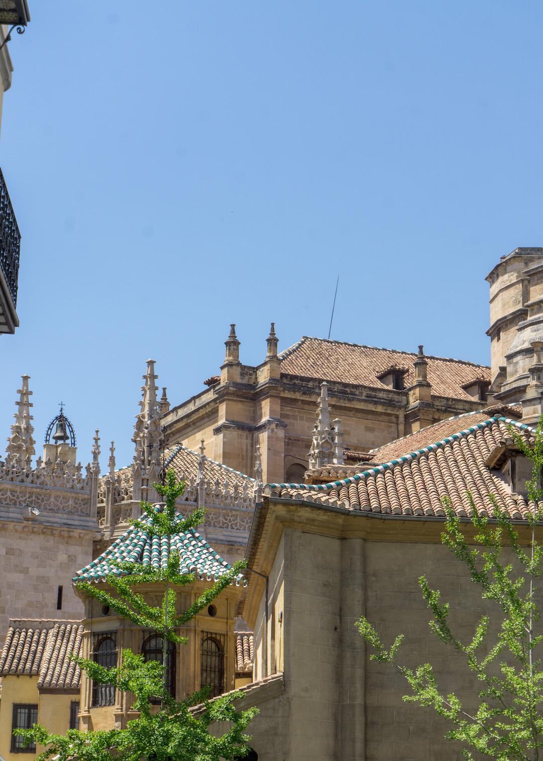 Her_Travel_Edit_Granada_University