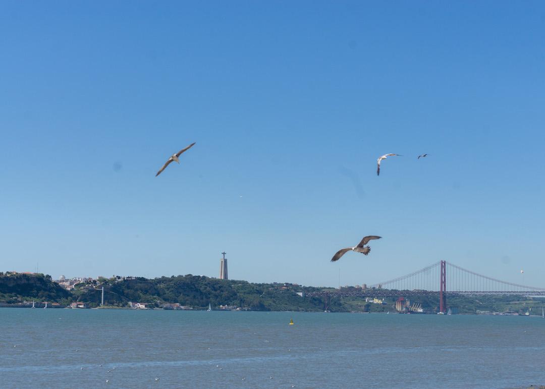 Her_Travel_Edit_Lisbon_Bridge