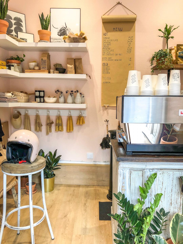 Her_Travel_Edit_Madrid_Feliz_Cafe