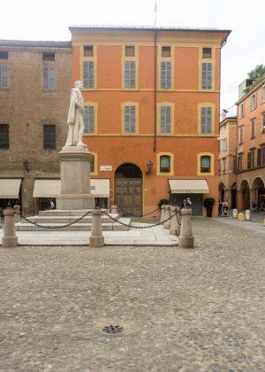Center of Modena