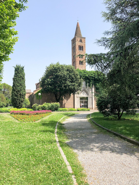 Her_Travel_Edit_Ravenna_Church