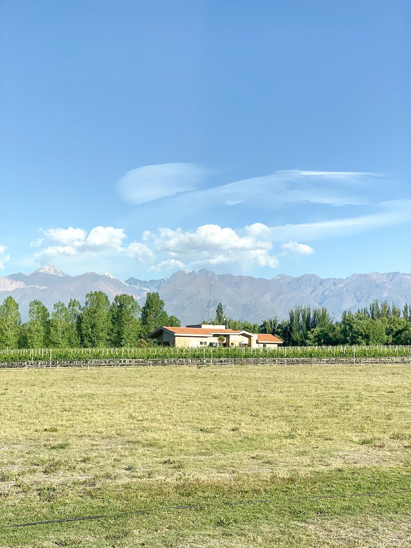 Her_Travel_Edit_Mendoza_Airbnb