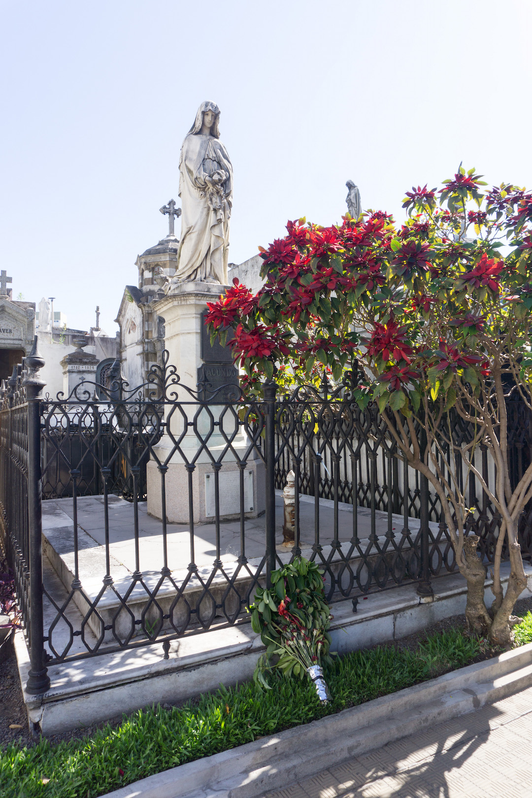 Her_Travel_Edit_Recoleta_Cemetery_Buenos_Aires