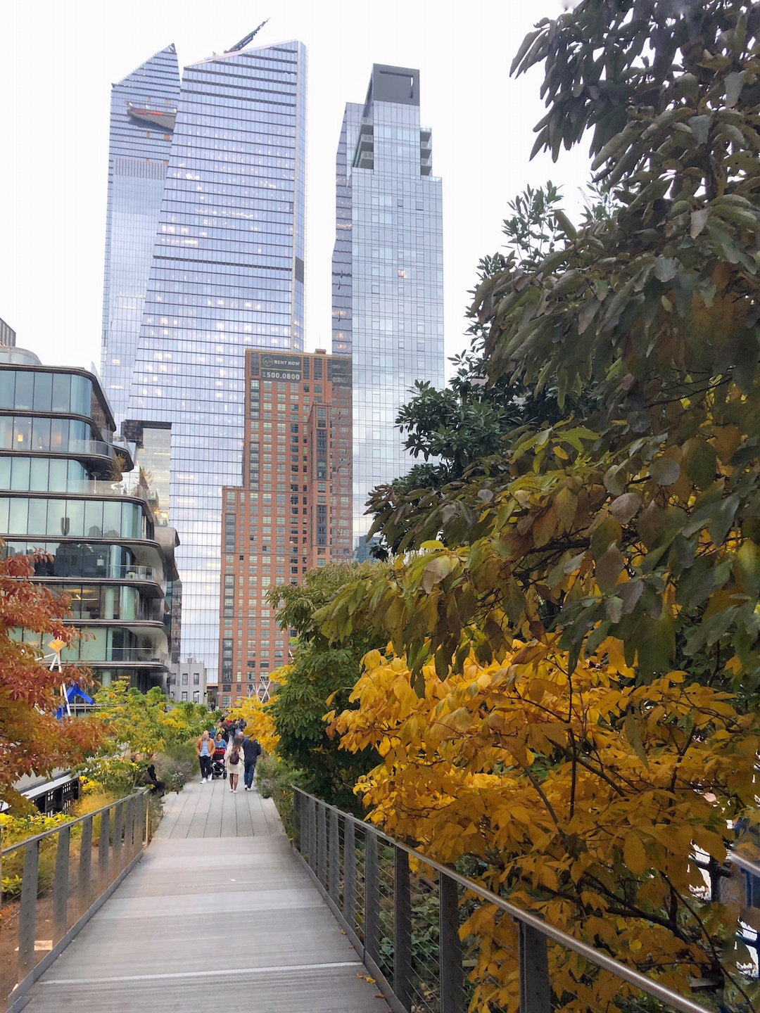 Her_Travel_Edit_Fall_in_NYC