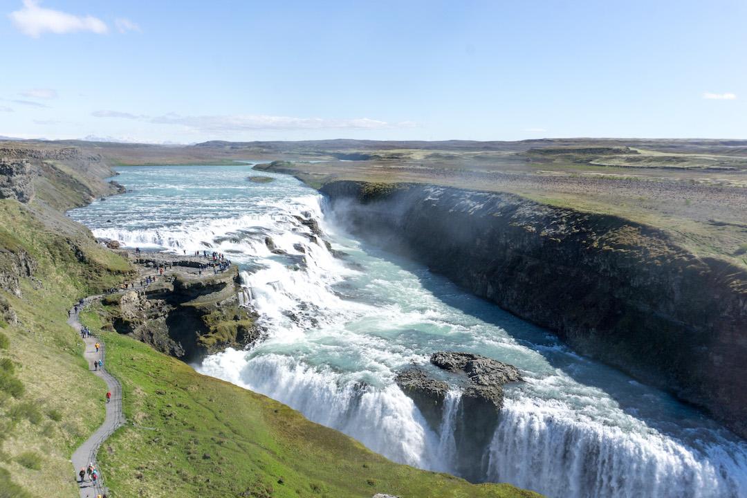 Her_Travel_Edit_Iceland_Gullfoss_Waterfall