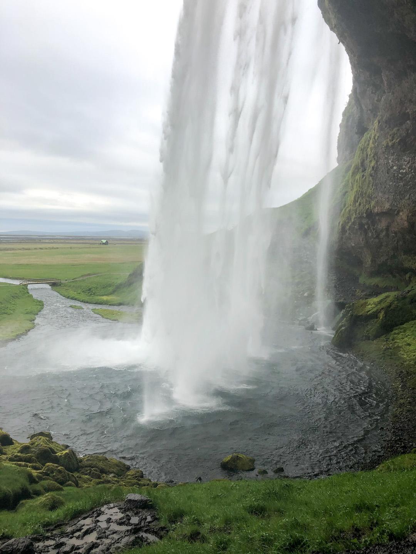 Her_Travel_Edit_Iceland_Seljalandsfoss_Inside