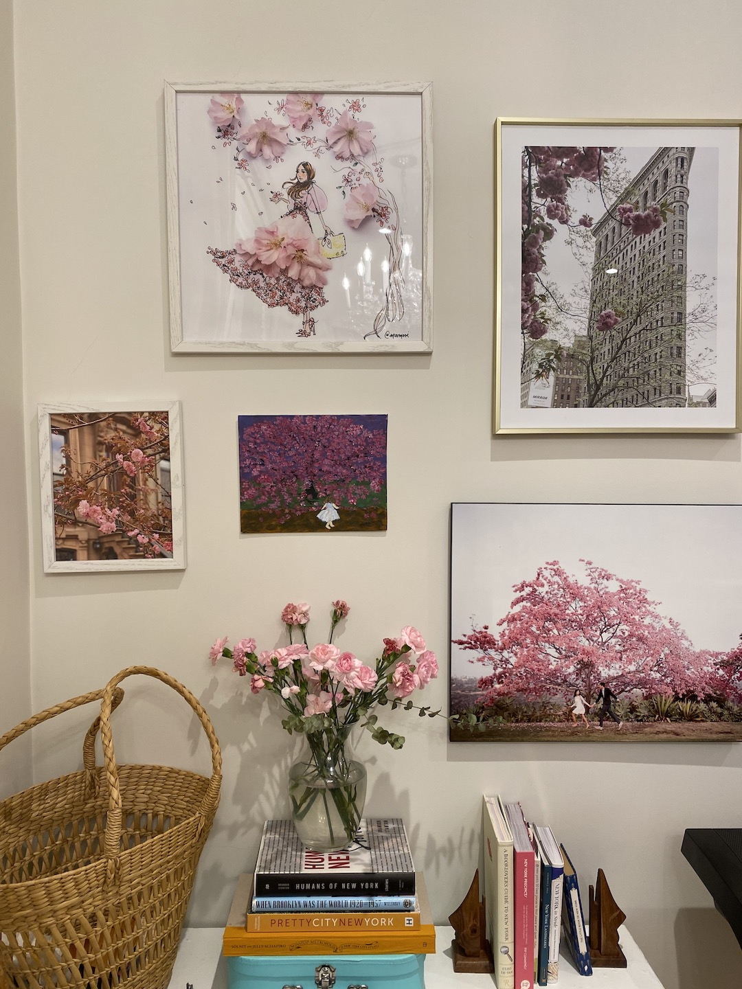 Her_Travel_Edit_Gallery_Wall_Room